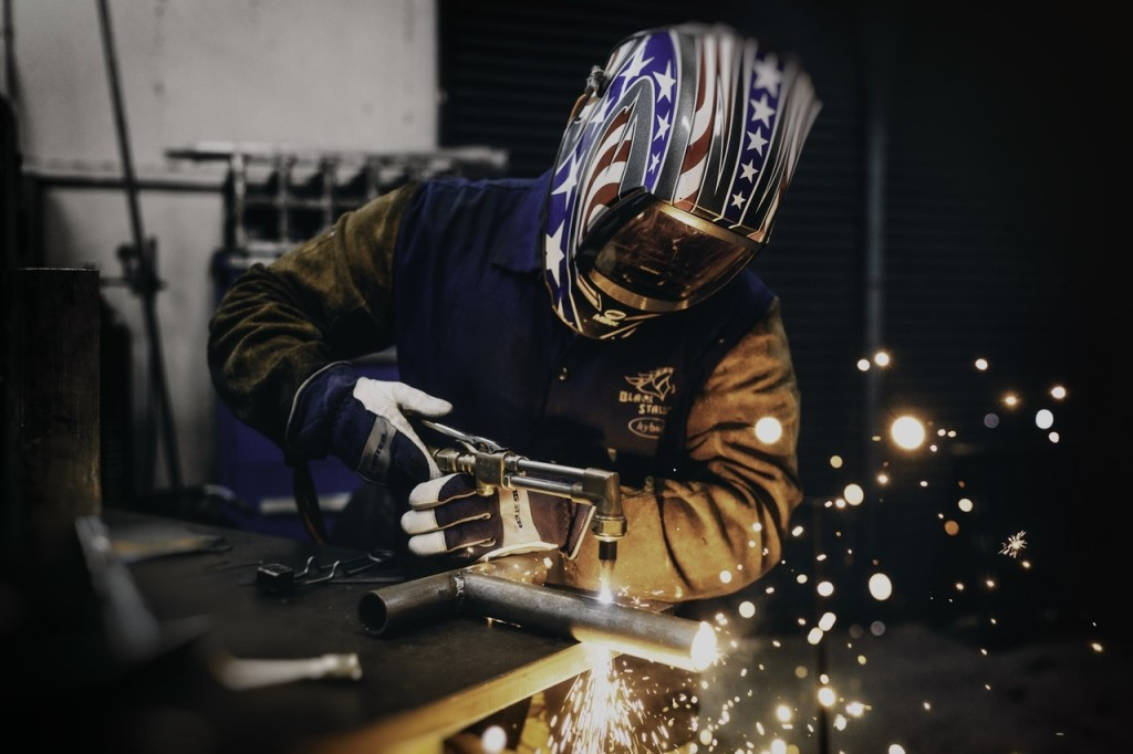 metal-fabrication-singapore-welding